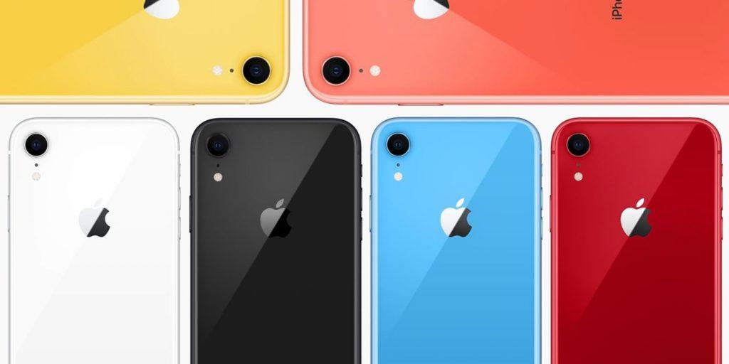 iPhones XR de colores formados en pila