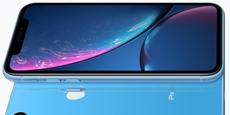 iPhone XR con todos los detalles físicos