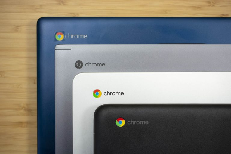 Chromebook 14 formada con otras computadoras HP
