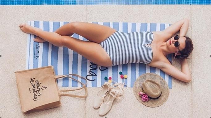 Mujer de vacaciones