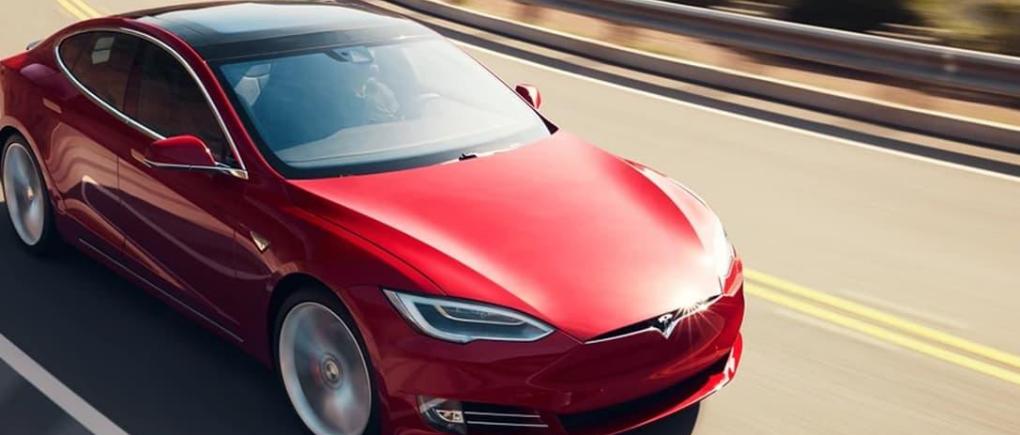 Por qué Tesla es el mejor auto 2020