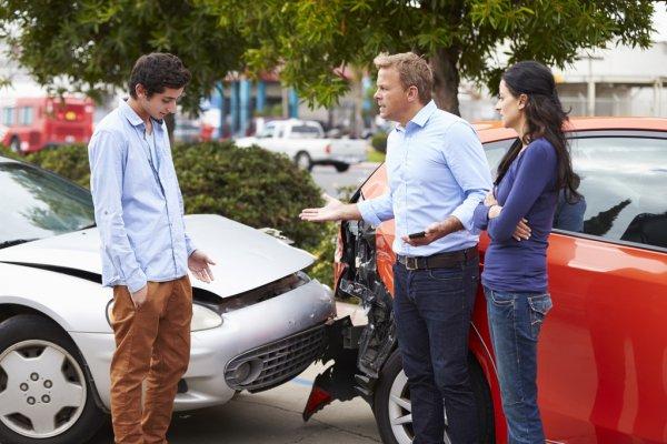 Cuánto sube el seguro después de un accidente