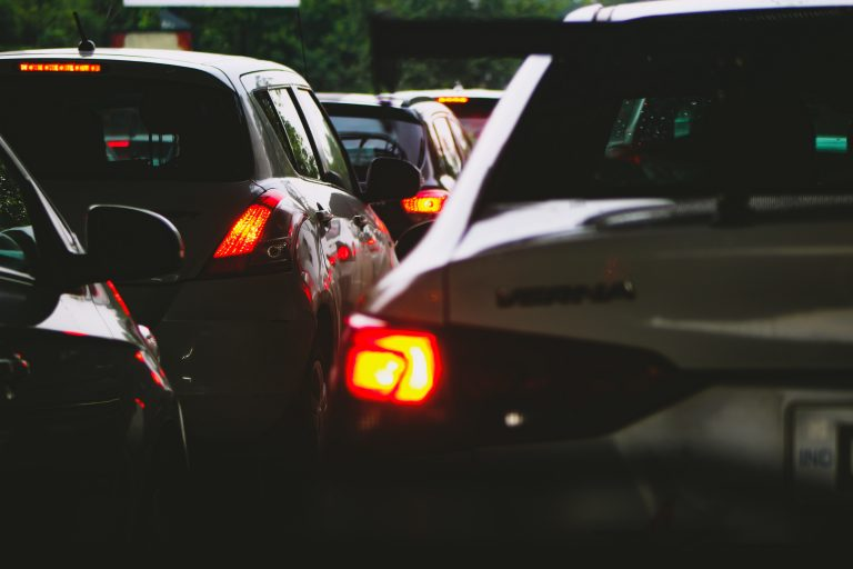 Autos en el tráfico